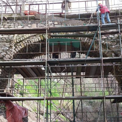 Μικρά ιστορικά Σερβίων – Το πέτρινο γεφύρι μας (Γράφει ο Νίκος Μπουκουβάλας)