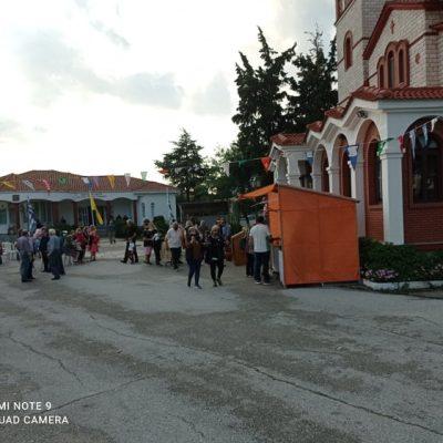 kozan.gr: Ώρα 20:30: Σημερινές (20/6) φωτογραφίες από το πανηγύρι του Δρεπάνου Κοζάνης