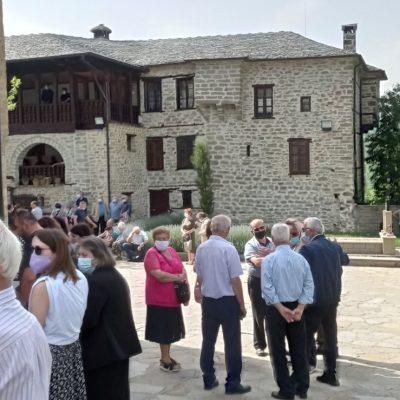 kozan.gr: Φωτογραφίες από την Αρχιερατική Θεία Λειτουργία στην Ιερά Μονή Αγίας Τριάδος Βυθού Βοΐου