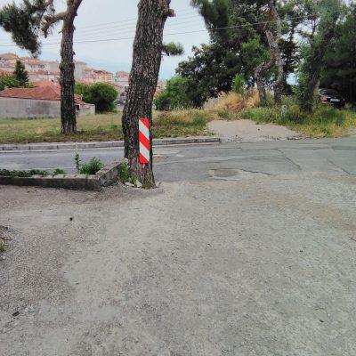 Διαμαρτυρία κατοίκων, στο kozan.gr, για τη χρόνια κατάσταση του οδοστρώματος στη συμβολή των οδών Γ. Σαμαρά και Β. Αυλωνίτη στην Κοζάνη (Φωτογραφίες)