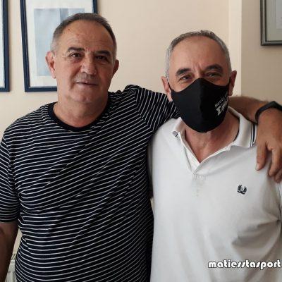 """Δώρο καρδιάς από τον κ. Αθανάσιο Τάτσινα – Προσφέρθηκε ένας αυτόματος απινιδωτής σε συνεργασία με τις """" Ματιές στα σπορ"""" την Ιουνίου 23, 2021"""