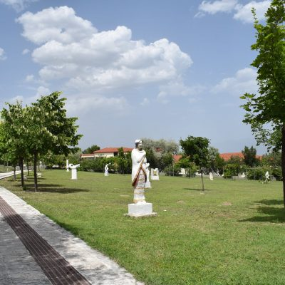 Εφορεία Αρχαιοτήτων Κοζάνης: Φέτος το καλοκαίρι πάμε θέατρο. Με την Εφορεία Αρχαιοτήτων Κοζάνης, στον Αρχαιολογικό Χώρο και το Αρχαιολογικό Μουσείο Αιανής!