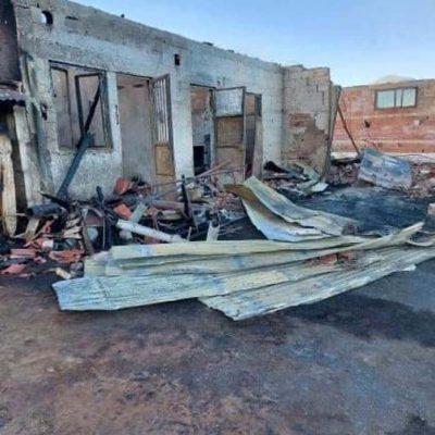 Καστοριά: Πυρκαγιά κατέστρεψε κτηνοτροφική μονάδα (Φωτογραφίες)