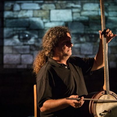 Συναυλία στο νησί του Αγίου Αχιλλείου: Η Σαβίνα Γιαννάτου και ο Ευγένιος Βούλγαρης συνομιλούν με το θεϊκό υπό το βλέμμα του Παζολίνι, 17 & 18 Ιουλίου