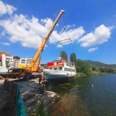 Εμπεριστατωμένος έλεγχος από εξειδικευμένο προσωπικό πραγματοποιήθηκε την Τρίτη 6 Ιουλίου στο πλοιάριο «ΟΛΥΜΠΙΑ», της Εταιρείας «ΜΑΚΕΔΝΟΣ», του Δήμου Καστοριάς