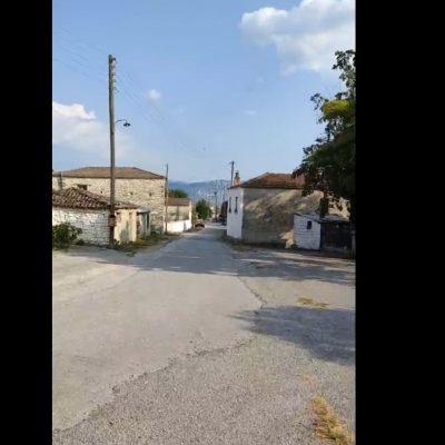 kozan.gr: Το παράπονο ενός κατοίκου του χωριού Πύργος Κοζάνης για τ' ότι δεν υπάρχει παιδική χαρά στο χωριό (Bίντεο)