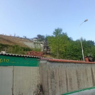 kozan.gr: Nταλίκα που κινείτο στην Εγνατία Οδό εξετράπη της πορείας της κι έπεσε από την κάτω πλευρά του δρόμου (στην παλαιά Εθνική Οδό Κοζάνης – Θεσσαλονίκης) πάνω από πρατήριο υγρών καυσίμων 2χλμ από τα διόδια Πολυμύλου (Βίντεο & Φωτογραφίες)