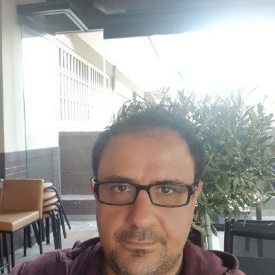 "kozan.gr: Κωνσταντίνος Στόκκος (Διευθυντής ΜΕΘ Μαμάτσειου νοσοκομείου Κοζάνης): ""Το εμβόλιο δεν είναι ΑΠΑΤΗ! Βάλτε τα δυνατά σας να πείσετε τον κόσμο να εμβολιαστεί και εμβολιαστείτε και εσείς"""