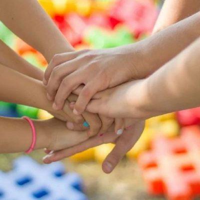 """""""Συναγερμός"""" για περίπου 100 κρούσματα σε παιδικές κατασκηνώσεις"""
