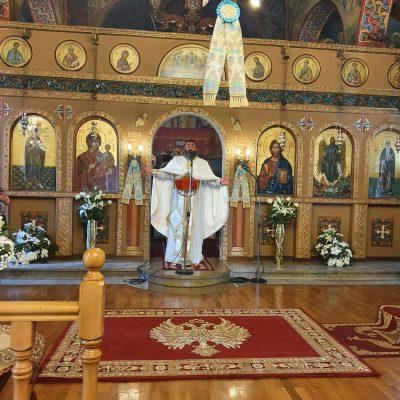 Με κατάνυξη και λαμπρότητα εορτάστηκε και φέτος η εορτή του Αγίου Παντελεήμονα στην Ποντοκώμη Κοζάνης (Φωτογραφίες)
