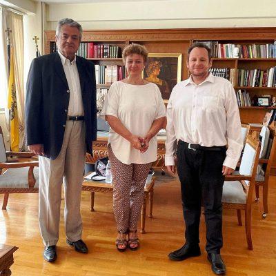 Συνάντηση εργασίας με την Διεθνή Πρόεδρο της Ένωσης Ευρωπαίων Δημοσιογράφων Σάγια Τσαουσίδου
