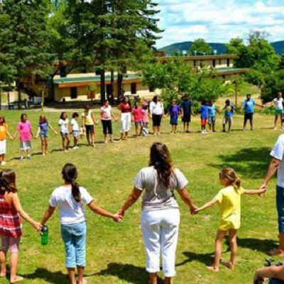 Αυξάνονται τα κρούσματα σε παιδικές κατασκηνώσεις – Ακόμη 31 θετικά