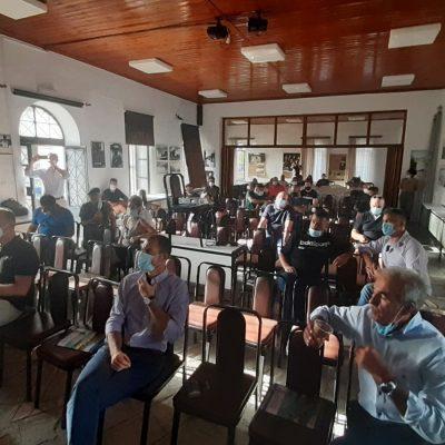 kozan.gr: Βλάστη: Εκπαιδευτικό σεμινάριο σε κτηνοτρόφους και σε όσους επιθυμούν να ασχοληθούν μελλοντικά με τον κλάδο της κτηνοτροφίας πραγματοποιήθηκε σήμερα Πέμπτη 29/7  (Φωτογραφίες & Βίντεο)
