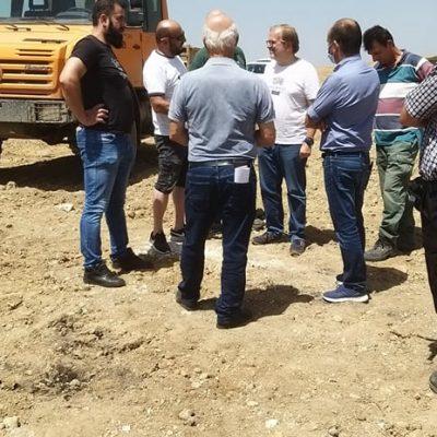 Πραγματοποιήθηκε  συμβολική κινητοποίηση διαμαρτυρίας στον τόπο χωματουργικών εργασιών του ορυχείου Νοτίου Πεδίου προς την πλευρά της Ακρινής (Φωτογραφίες)