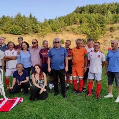 Οι Παλαίμαχοι Ποδοσφαιριστές ΦΣ Κοζάνης και Λιβαδερού τίμησαν την μνήμη του Αθανάσιου Παπαχαρισίου (Φωτογρφίες)