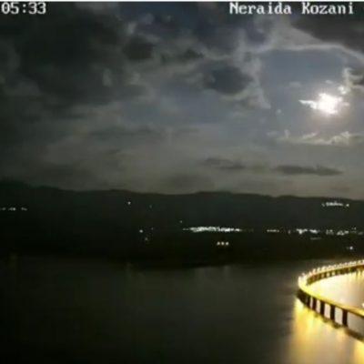 Ένα όμορφο timelapse βίντεο 36 δευτερολέπτων από τη Νεράιδα με θέα την Υψηλή Γέφυρα των Σερβίων (Βίντεο)