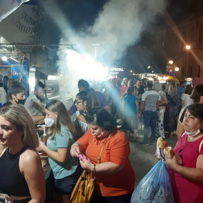 kozan.gr: Βράδυ Σαββάτου (28/8), με αρκετό κόσμο, στην Εμποροπανήγυρη του Αγίου Ιωάννου του Προδρόμου στην Πτολεμαΐδα (Βίντεο & Φωτογραφίες)