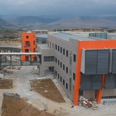 kozan.gr: Σημερινή (5/9/2021), λήψη, από την ανεγειρόμενη Πανεπιστημιούπολη Δυτικής Μακεδονίας, στη θέση ΖΕΠ, στην Κοζάνη (Βίντεο)