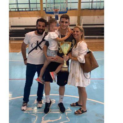 Στέφθηκε πρωταθλητής Ελλάδας, με τον Προμηθέα Πατρών, στο Πανελλήνιο Παίδων στο μπάσκετ, ο Κοζανίτης Νίκος Σοϊλεμετζίδης