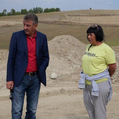 Επίσκεψη του Δημάρχου Γρεβενών Γιώργου Δασταμάνη στις ανασκαφές που είναι σε εξέλιξη στην κοινότητα του Αγίου Γεωργίου (Φωτογραφίες)