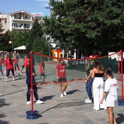 Δήμος Γρεβενών: «Όλη η πλατεία ένα παιχνίδι» για την Ευρωπαϊκή Εβδομάδα Κινητικότητας – Μίνι βόλεϊ και τένις στην πρώτη γραμμή