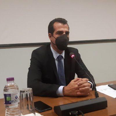 "kozan.gr: Yπουργός Υγείας Θ. Πλεύρης από την Κοζάνη: ""Επειδή υπήρξε μια ανησυχία θέλω να ξεκαθαρίσω πως η παρουσία μου εδώ δε συνδυάζεται με καμία λήψη μέτρων. Η παρουσία μας εδώ είναι καθαρά για προληπτικούς λόγους. Τα στοιχεία στη Βόρεια Ελλάδα μας προκαλούν ένα προβληματισμό. Θα πρέπει να υπάρχει πιο στενή σχέση μεταξύ του Υπουργείου και της αυτοδιοίκησης. Παρατηρούμε,στην Δ. Μακεδονία, χαμηλότερα ποσοστά εμβολιασμών και προφανώς αυτή η αύξηση στα κρούσματα να συνδυάζεται και τη μη τήρηση των μέτρων "" (Βίντεο 10′)"