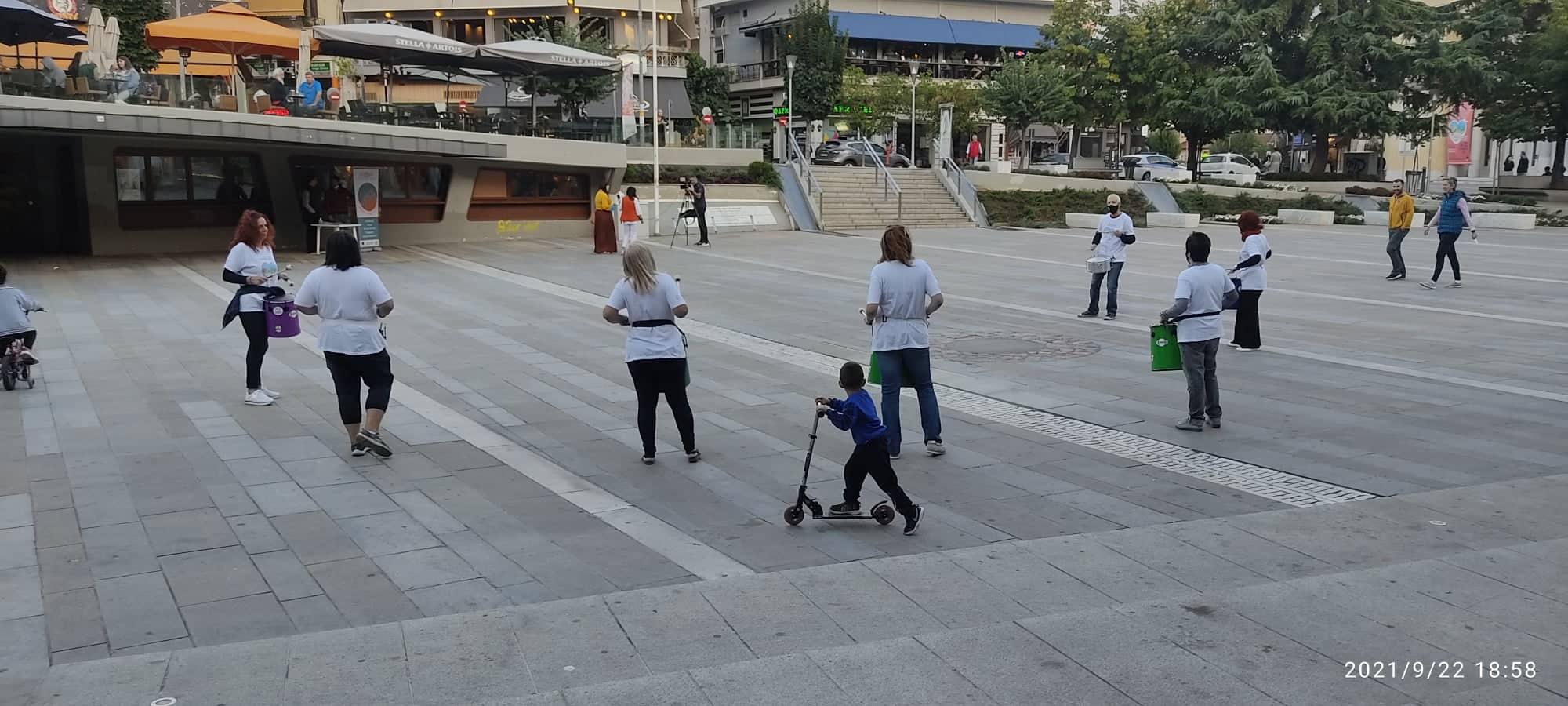 kozan.gr: Κοζάνη: Αυλαία με κρουστά, στην κεντρική πλατεία της πόλης, για την Ευρωπαϊκή Εβδομάδα Κινητικότητας του Δήμου Κοζάνης (Βίντεο)
