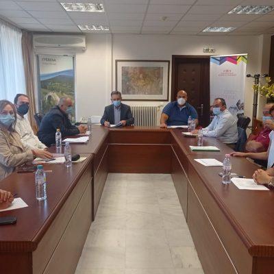 Σύσκεψη παρουσία του Περιφερειάρχη Δυτικής Μακεδονίας Γιώργου Κασαπίδη πραγματοποιήθηκε την Πέμπτη 23 Σεπτεμβρίου, στην Αίθουσα Συσκέψεων της Π.Ε. Γρεβενών