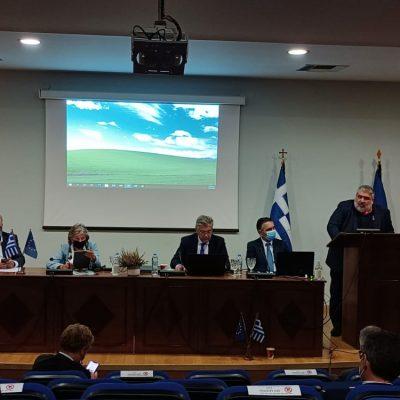 "kozan.gr: Ο Δήμαρχος Εορδαίας Π. Πλακεντάς στη σύσκεψη, στην Περιφέρεια Δ. Μακεδονίας, απευθυνόμενος στην Πορτογαλίδα Επίτροπο Ελίζα Φερέιρα, για το θέμα της απολιγνιτοποίησης: ""Για να καταβάλετε τι ακριβώς συμβαίνει εδώ είναι σα να πήγαινε μια μέρα η κυβέρνηση της Πορτογαλίας στο Φάρο και τους έλεγε ότι ο τουρισμός θα σταματήσει εκεί"" (Βίντεο)"