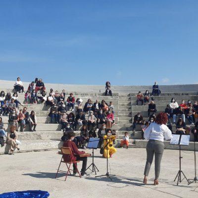 kozan.gr: Πραγματοποιήθηκε, το πρωί της Κυριακής 3/10, στο Πάρκο Εκτάκτων Αναγκών, εκδήλωση με θέμα «Η Ελευθερία μέσα από τα μάτια των παιδιών» (Bίντεο & Φωτογραφίες)