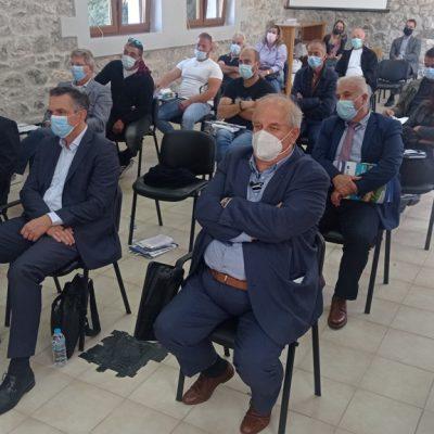 Με επιτυχία ολοκληρώθηκε το διήμερο συνέδριο του προγράμματος διασυνοριακής συνεργασίας COMPLETE στις Πρέσπες, που διοργανώθηκε από τον Ελγο Δήμητρα και την Περιφέρεια Δυτικής Μακεδονίας – αποφασίστηκε να συνεχιστεί η συνεργασία προς όφελος της κτηνοτροφίας