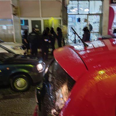kozan.gr: Koζάνη: Περιστατικό διαπληκτισμού σημειώθηκε λίγο πριν τις 19:30 στην οδό Ξενοφώντος Τριανταφυλλίδη στο οποίο ενεπλάκησαν δύο άτομα (Φωτογραφίες)