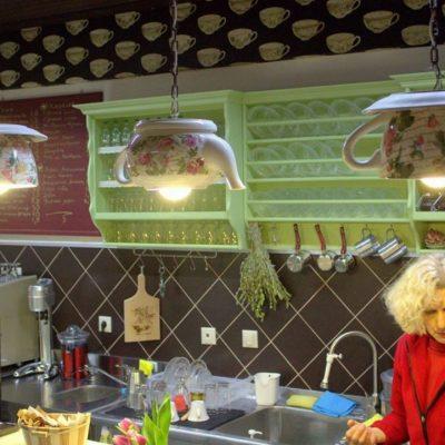 Φλώρινα: Η ιδιοκτήτρια του «Καφενείου των Γυναικών» αποκαλύπτει τα μυστικά του!