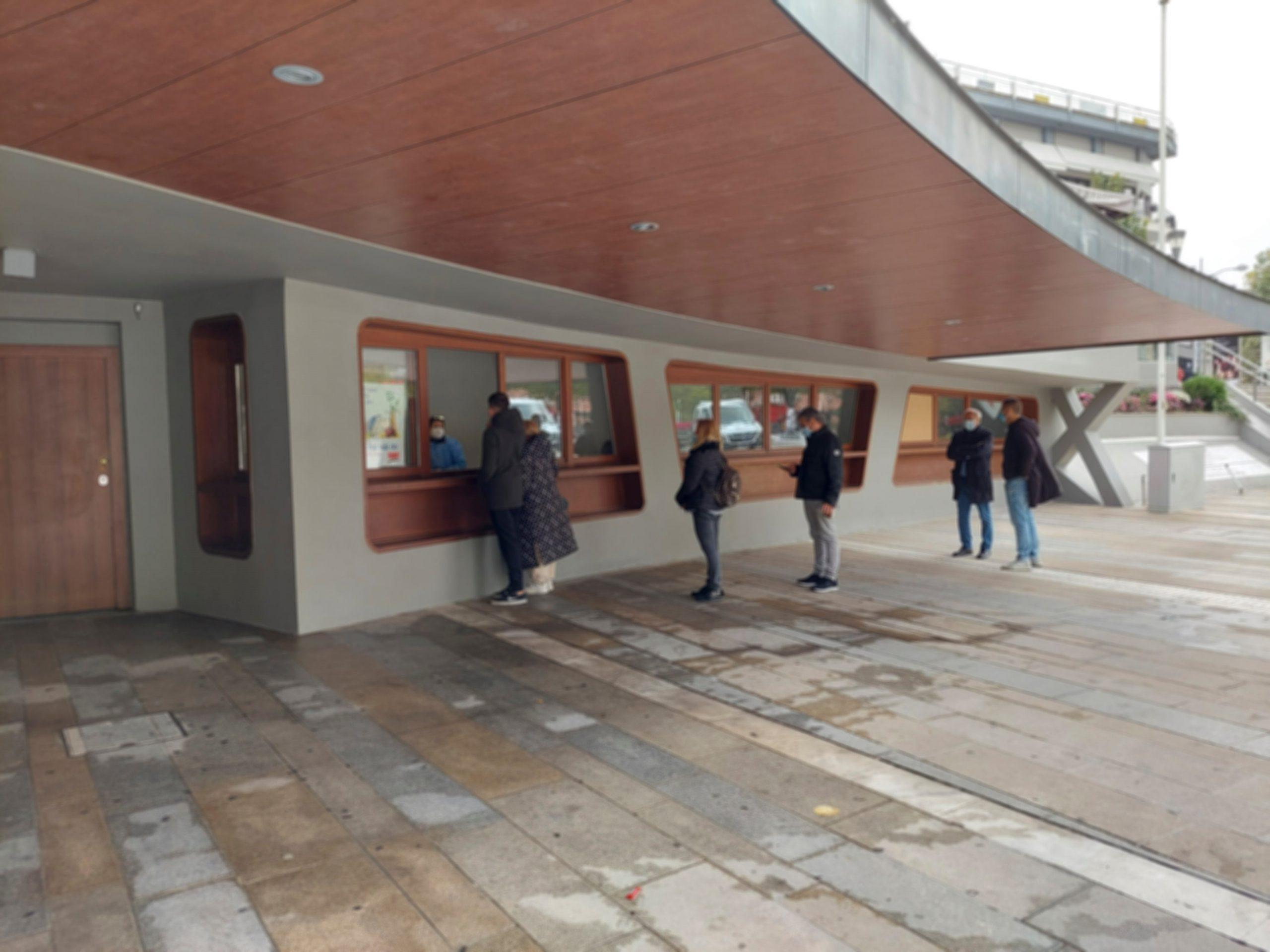 69 αρνητικά και 1 θετικό τα αποτελέσματα των rapid tests στην κεντρική πλατεία Κοζάνης