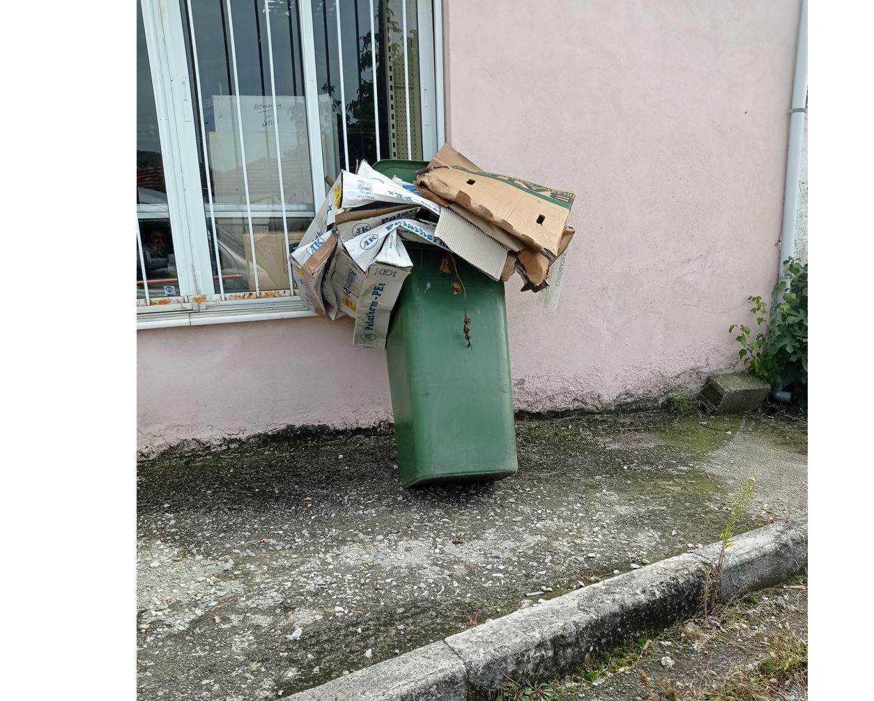 Σχόλιο αναγνώστη στο kozan.gr: Aκρινή Κοζάνης: Ενάμιση μήνα και δε λένε να τον αδειάσουν – Πιστεύω μέχρι τα Χριστούγεννα κάτι να γίνει (Φωτογραφία)